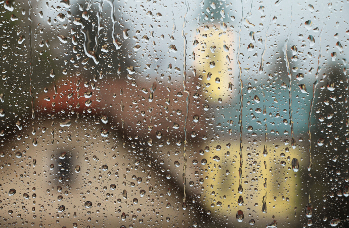 How Do You Fix Condensation On Windows?